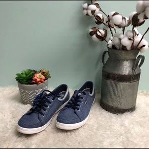 Keds Women's Sneakers (PM74)